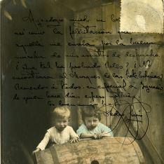 Niños con barrica